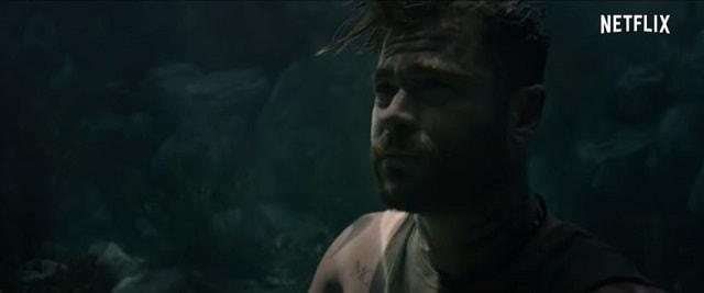 水に沈むクリヘム