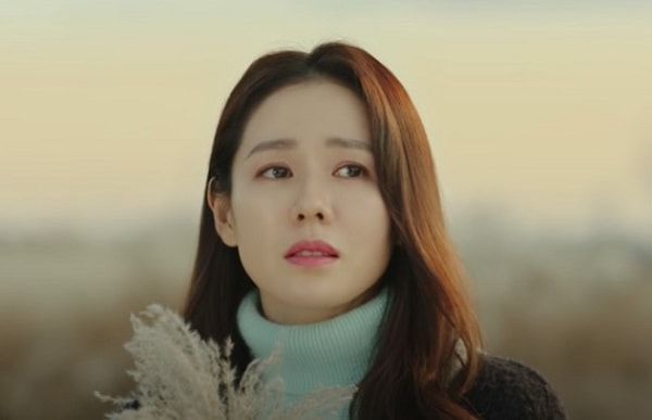 愛の不時着でユン・セリを演じるソン・イェジン